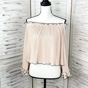 FOREVER 21 | Pleated Ruffle Off Shoulder Blouse S